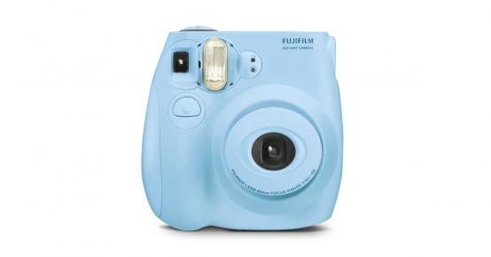 1 appareil photo Instax Mini à gagner !