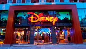 1 carte cadeau Disney Store de 100€ à gagner