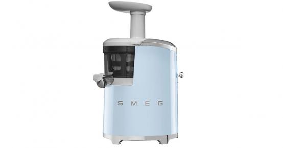 A remporter : un robot SMEG, un bon d'achat de 250€ et+